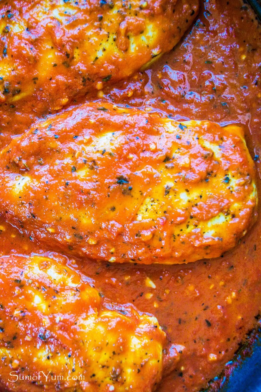Skillet Chicken In Garlic Tomato Sauce Sum Of Yum